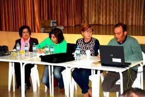 Personal de la Junta Directiva de la ECUGA, de izquierda a derecha Ginesa Madrid (vocal), Maria José Vicente (tesorera), Juana Mayordomo (presidenta) y Juan José Martínez (secretario)