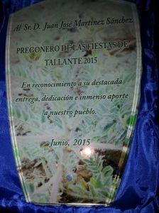 Detalle que los tallanteros entregaron a D. Juan José Martínez